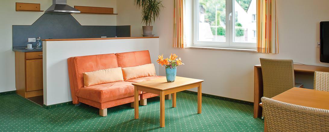 hotel mit modernen zimmern fantastischer aussicht und. Black Bedroom Furniture Sets. Home Design Ideas